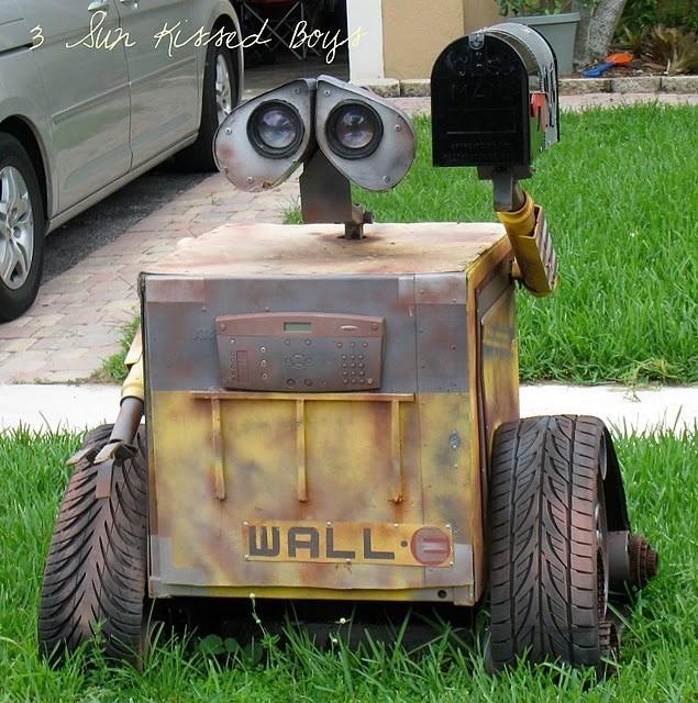 Motor vehicle - Sun Kirod Boy WALL E