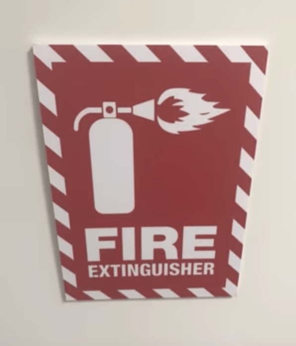 Text - FIRE EXTINGUISHER