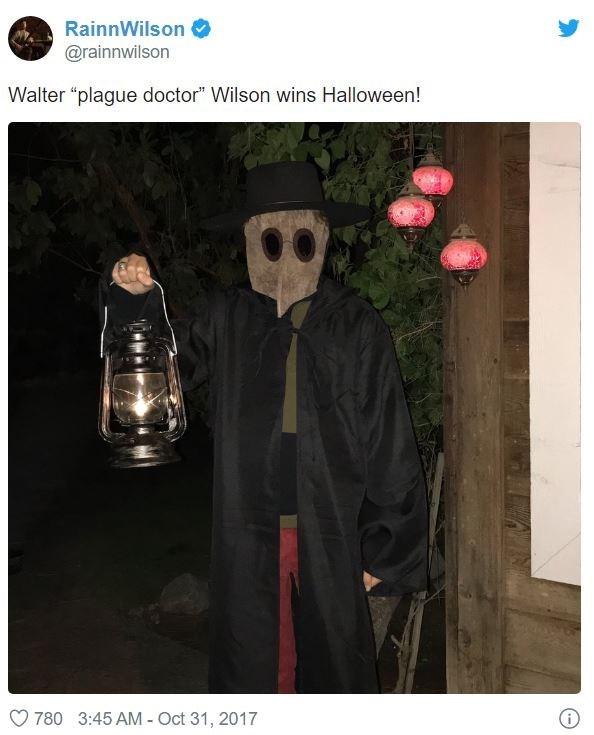 """Photo caption - RainnWilson @rainnwilson Walter """"plague doctor"""" Wilson wins Halloween! 780 3:45 AM - Oct 31, 2017"""