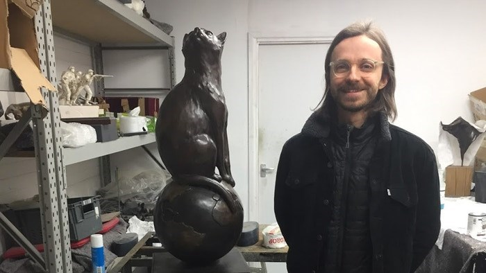 Sculpture - doed
