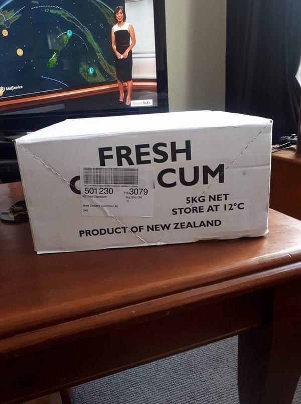 Footwear - MetSenvice Newshub FRESH CUM 501230 NERed Capum T3079 5KG NET STORE AT 12°C New Zeand Goumet L 040 PRODUCT OF NEW ZEALAND
