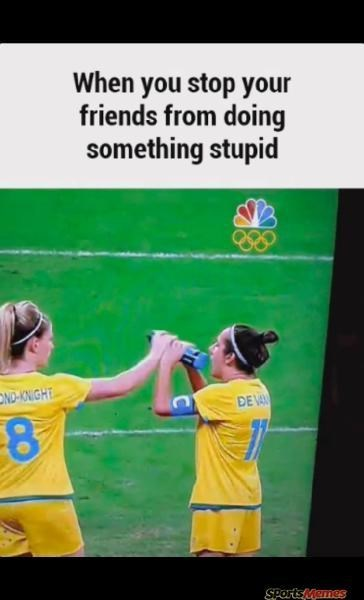 Text - When you stop your friends from doing something stupid OND-KNIGHE DE VA SPortsMames