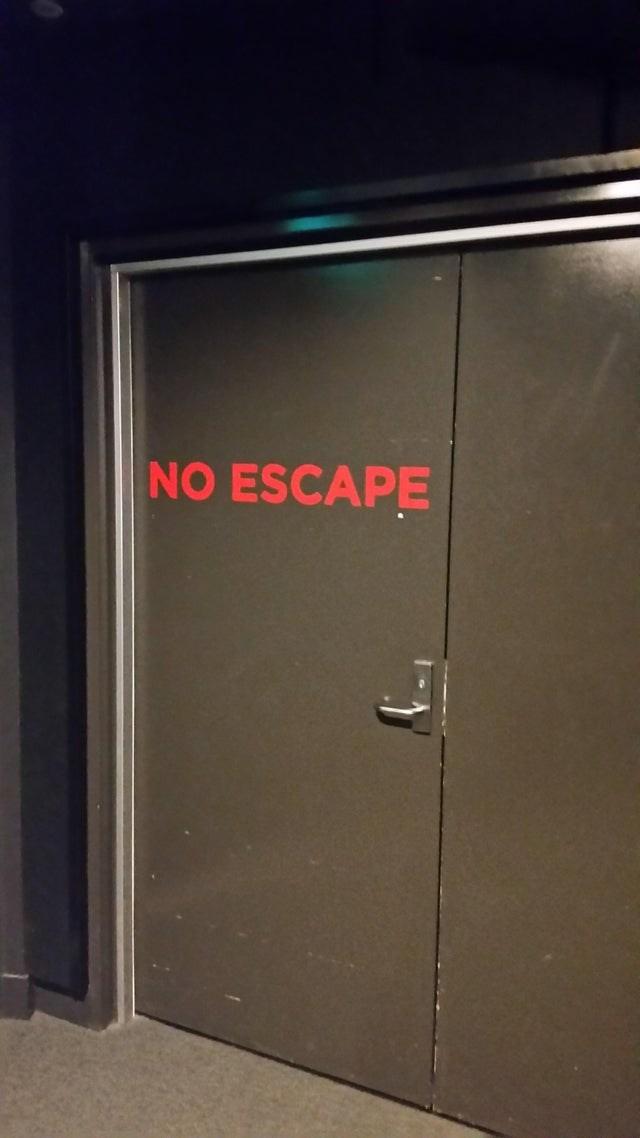 Door - NO ESCAPE