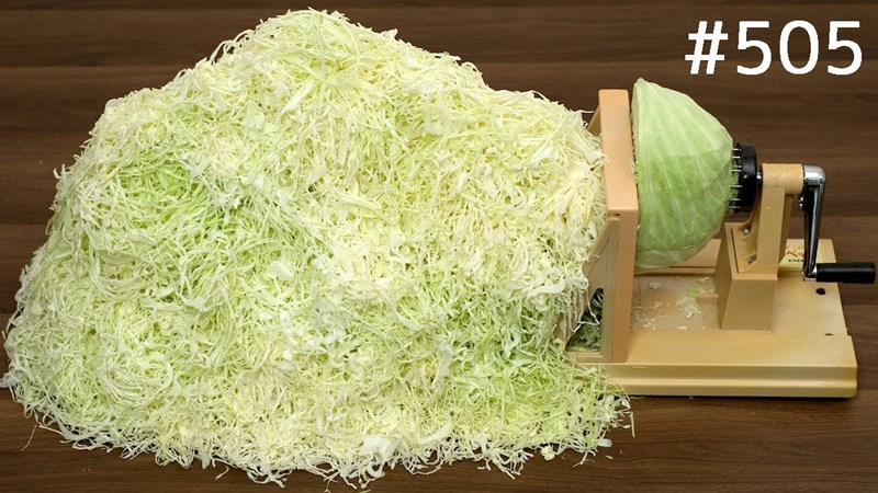 Japanese gadget designed to quickly and effectively slice cabbage thinly