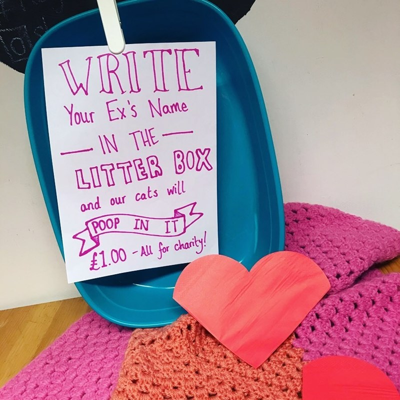 Heart - WRITE Your Ex's Name IN THE- LITTER BOX and our cats will POOP IN IT £1.00-Au for charty!