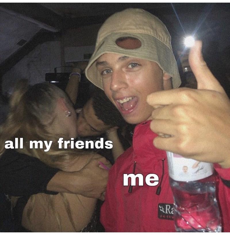 Selfie - all my friends me Ra petiv