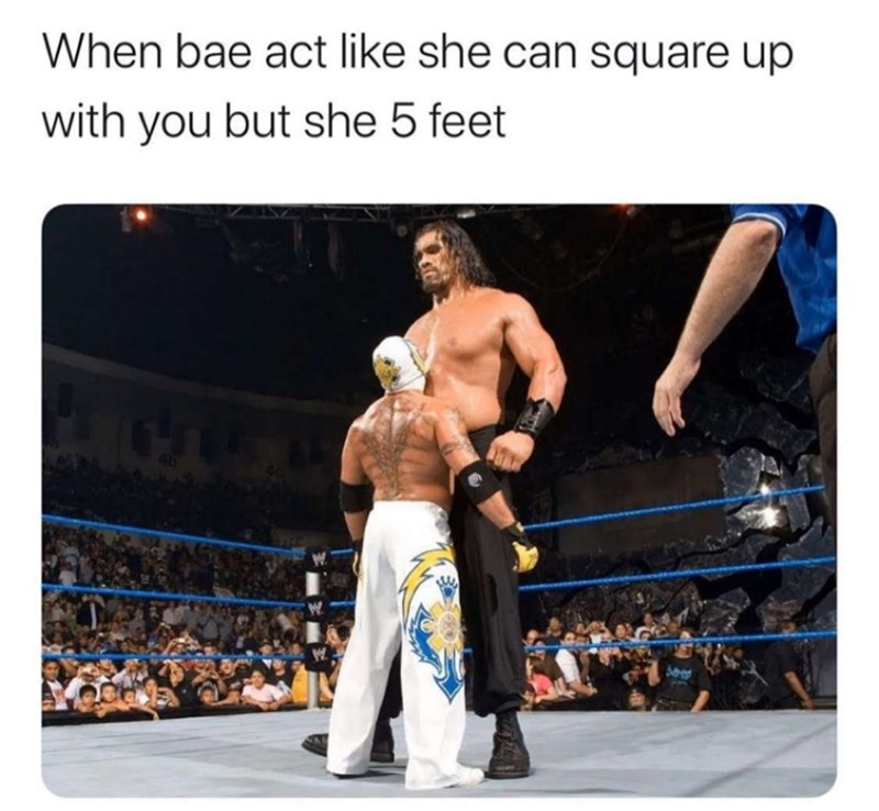 Professional boxer - When bae act like she can square up with you but she 5 feet