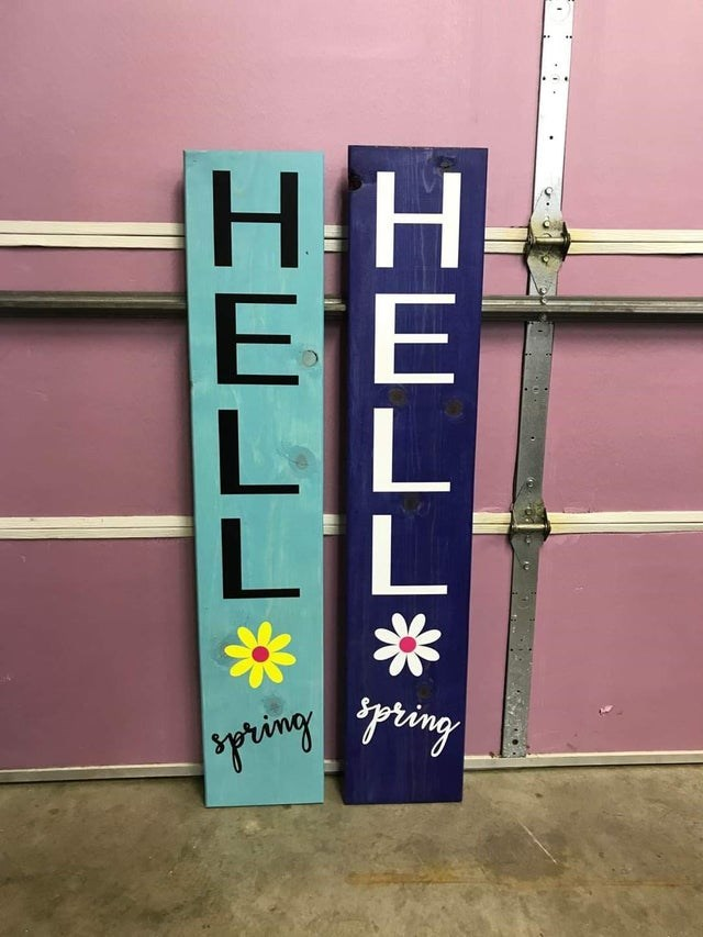Text - spring HELL* * HELL*