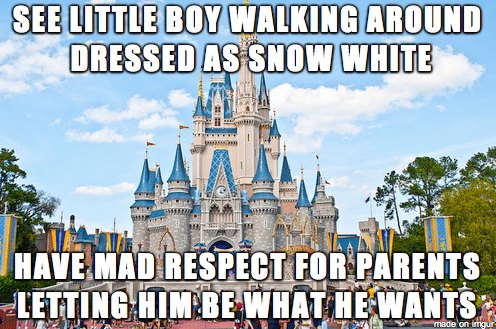 Walt disney world - SEE LITTLE BOY WALKING AROUND DRESSED AS SNOW WHITE HAVE MAD RESPECT FOR PARENTS LETTING HIM BE WHAT HE WANTS made on imngur
