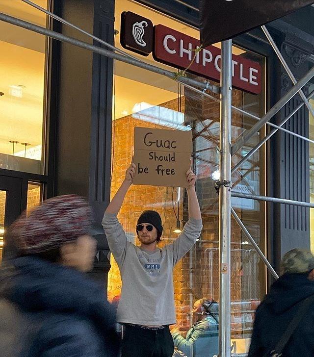 Signage - CHIPOTLE Guac Should be free RERAN