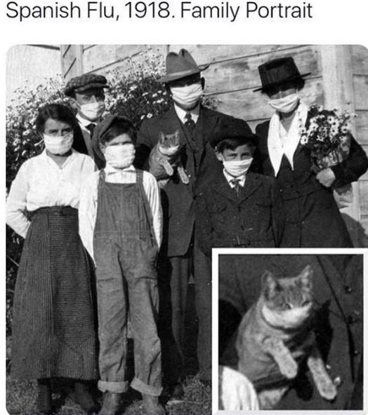 Snapshot - Spanish Flu, 1918. Family Portrait