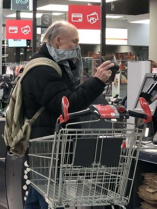 Shopping cart - west