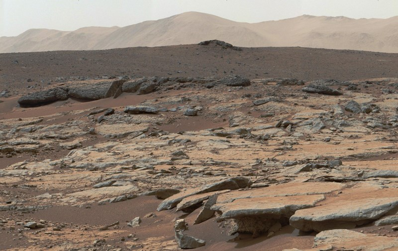 new photos of mars from the curiosity rover