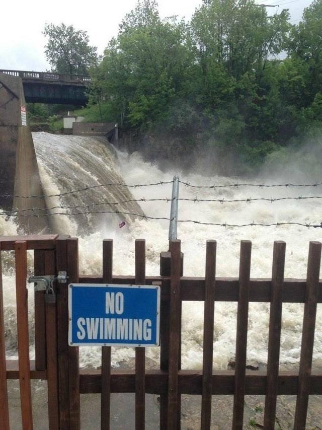 Water - SWIMMING NO