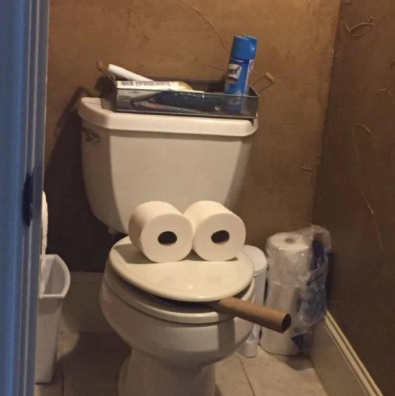 Toilet - el