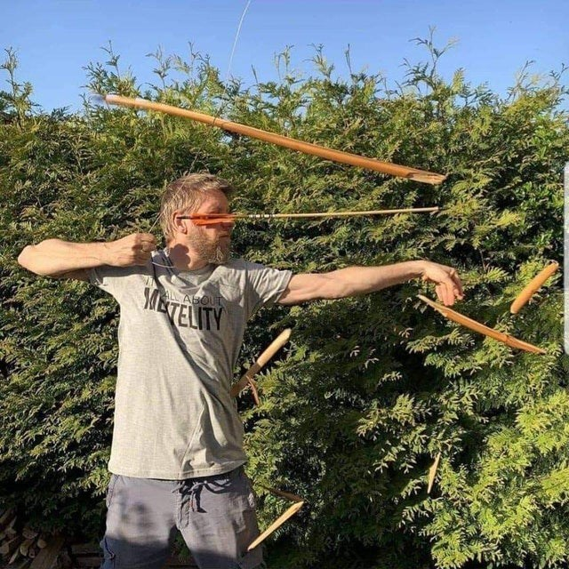 Bow and arrow - MTELITY ALABOUT