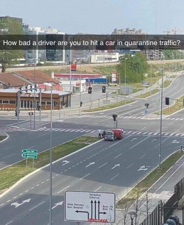 Race track - How bad a driver are you to hit a car in quarantine traffic? 4ycapa tukarice Hesa Searpas Novi Beograd BAK 70 Blek 70