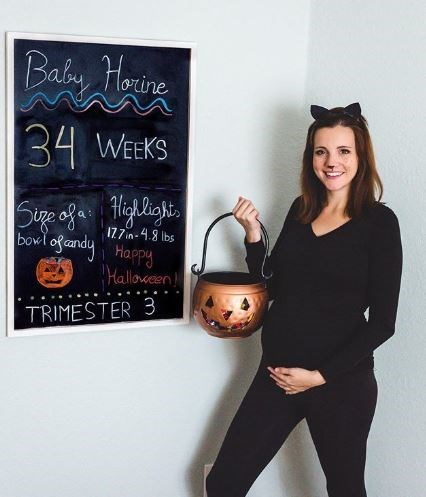 Headgear - Baby Horine 34 WEEKS Suge ofa Hihlighi. 17.7in-4.8 lbs bowl of andy Happy Halloween TRIMESTER 3