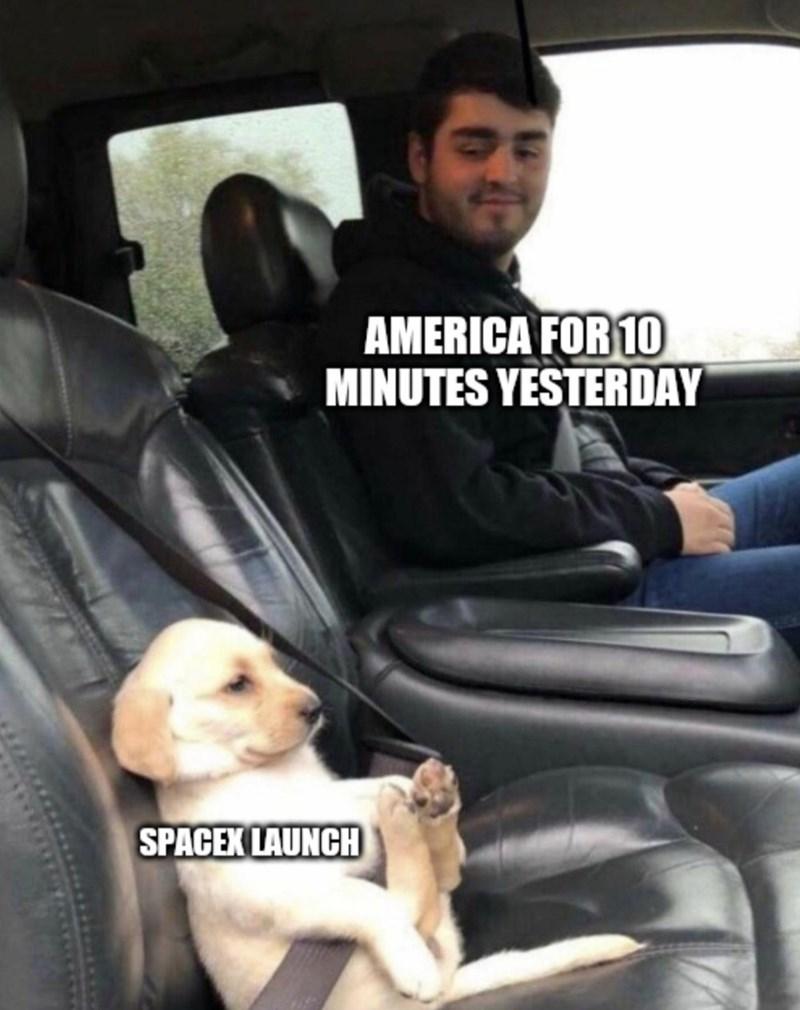 Vehicle door - AMERICA FOR 10 MINUTES YESTERDAY SPACEK LAUNCH