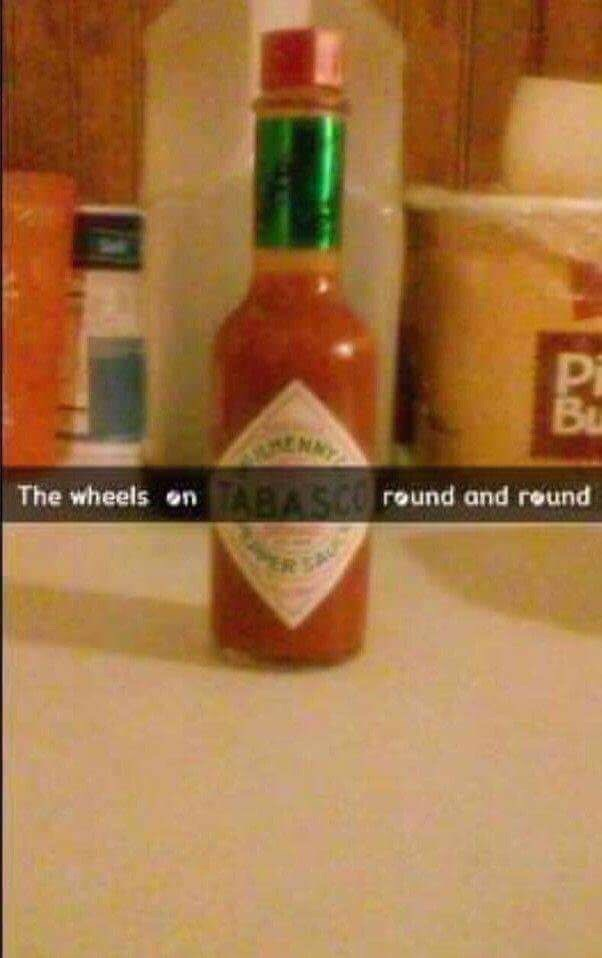Bottle - Pi Bu The wheels on TABASCO round and reund ER