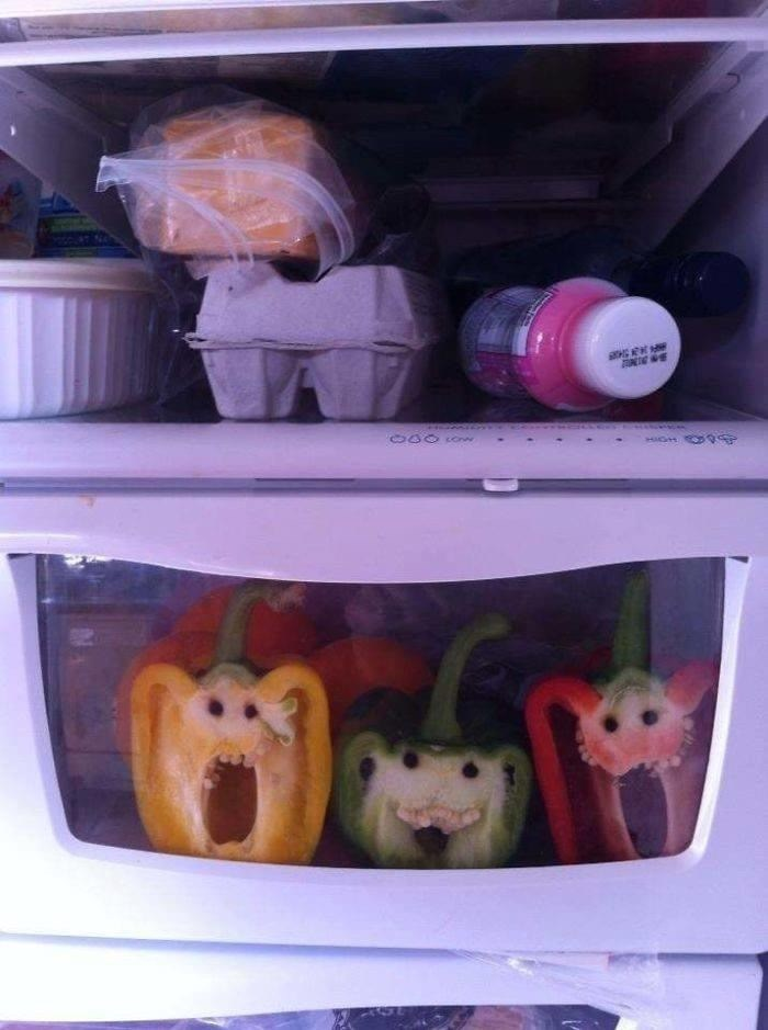 Refrigerator - 0000nw