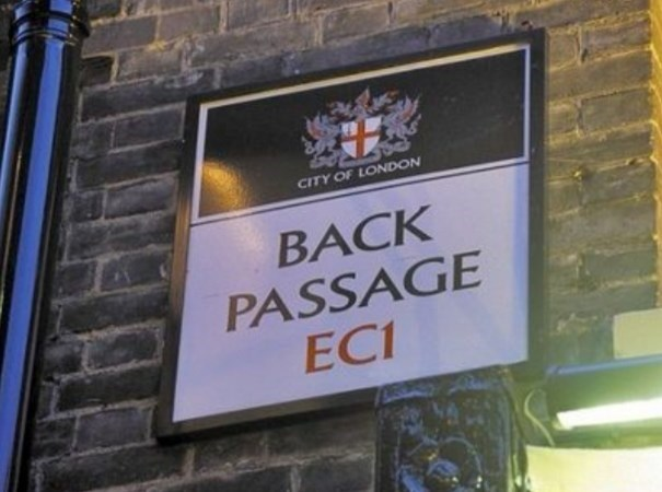 Signage - CITY OF LONDON BACK PASSAGE EC1