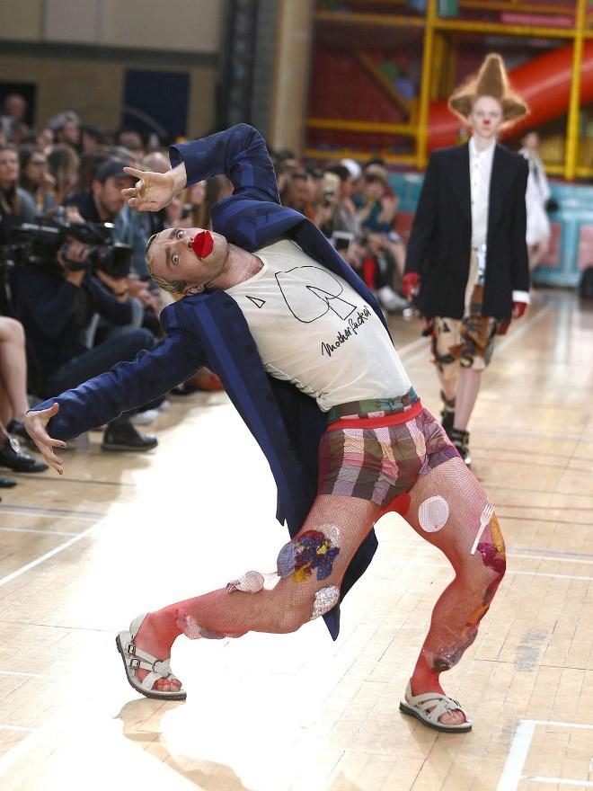 Dance - Modharfucke