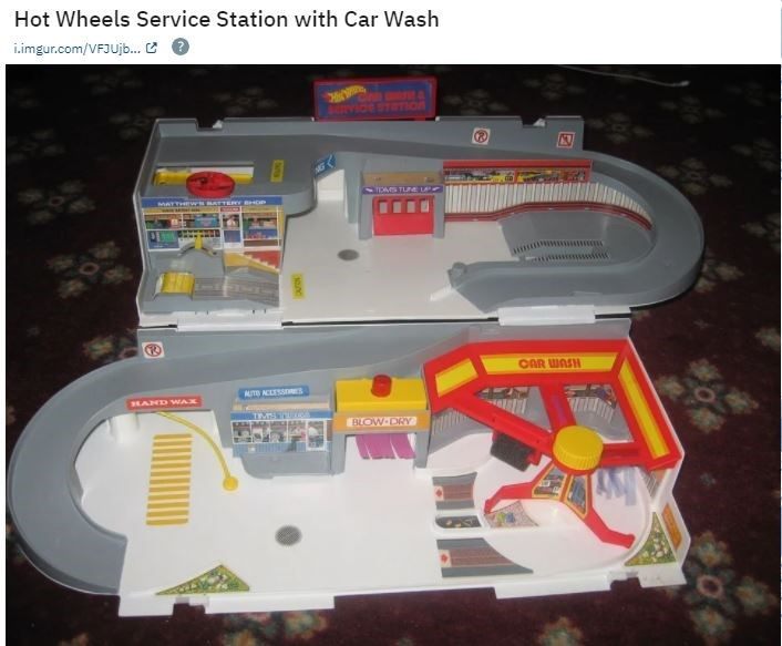 Product - Hot Wheels Service Station with Car Wash i.imgur.com/VFJUjb.. C O SIVIde STOTION TOMS TLM LP MATTHEW BATTERY BHOP wwww OAR WASH AUTB ACLESSIRES HAND WAX BLOW DRY