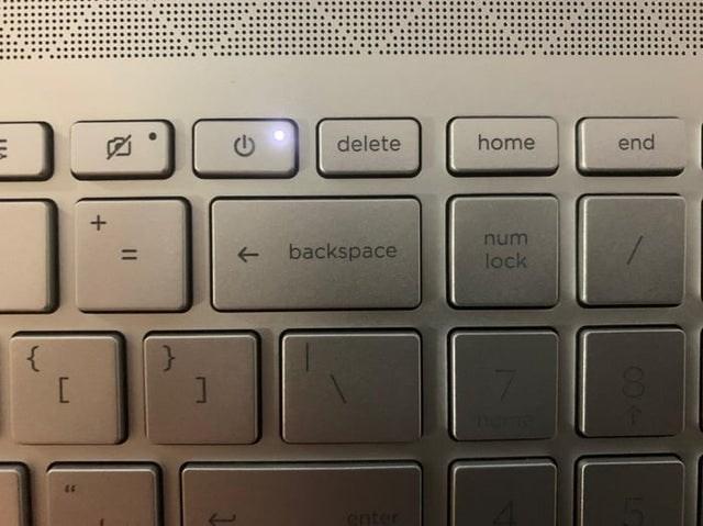 Computer keyboard - delete home end num backspace lock here enter 84
