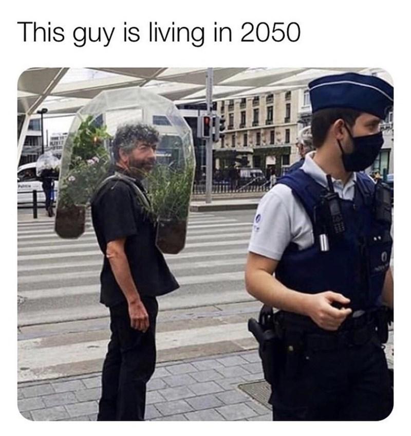 Selfie - This guy is living in 2050