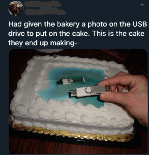 Cake decorating supply - Had given the bakery a photo on the USB drive to put on the cake. This is the cake they end up making-