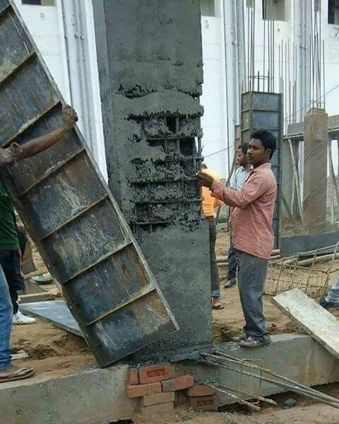 Blue-collar worker - क