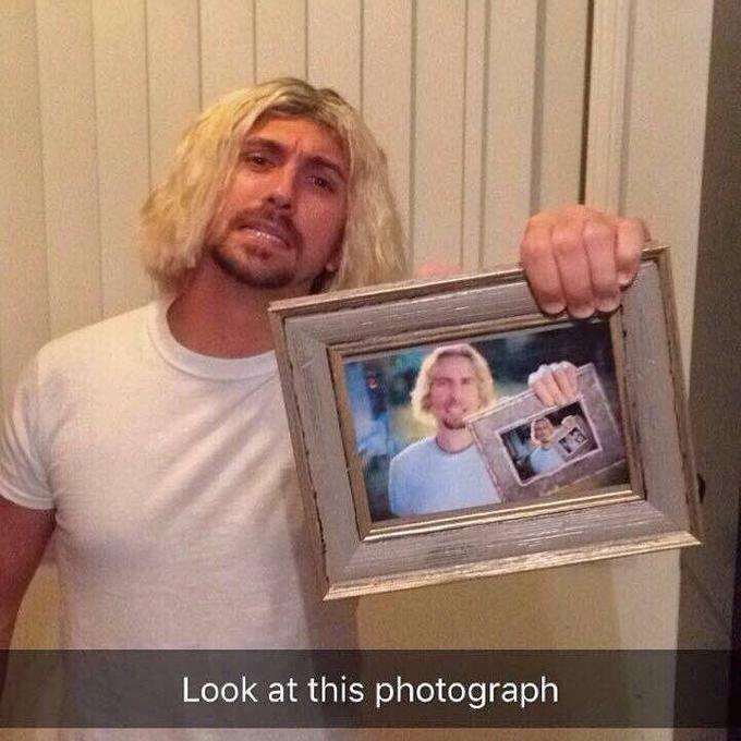 Hair - Look at this photograph