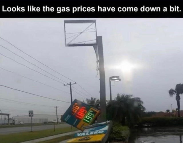 Atmospheric phenomenon - Looks like the gas prices have come down a bit. VALER O 199