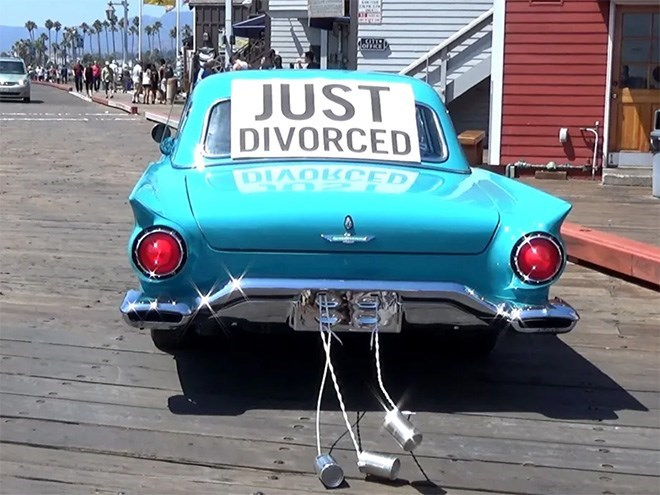 Land vehicle - JUST DIVORCED DIA KCED