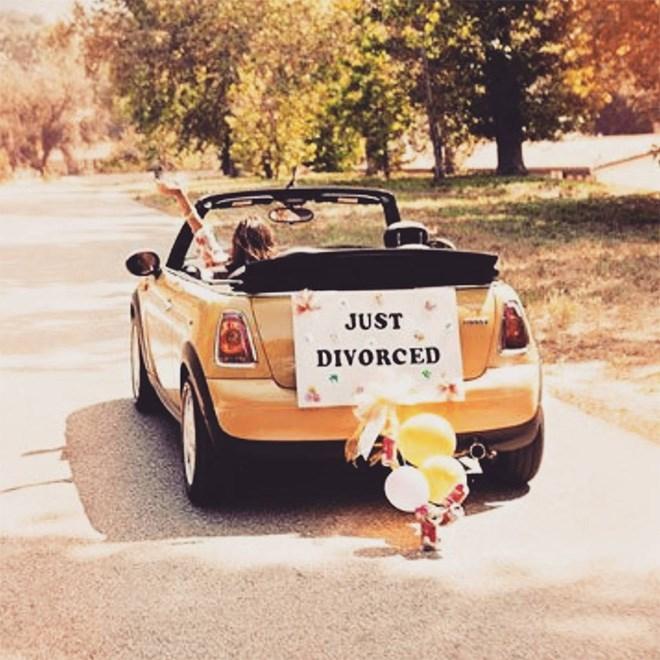 Vehicle - JUST DIVORCED