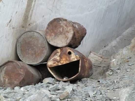 smiling rusty barrels