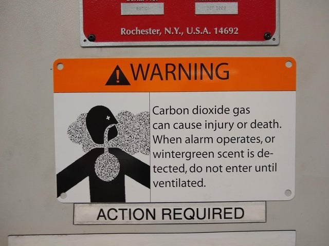 Font - 2009 Rochester, N.Y., U.S.A. 14692 AWARNING Carbon dioxide gas can cause injury or death. When alarm operates, or wintergreen scent is de- tected, do not enter until ventilated. ACTION REQUIRED