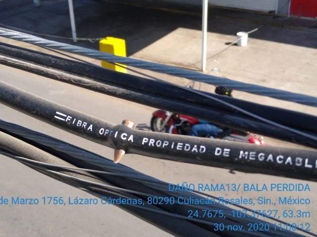 Tire - FIBRA OPTICA PROPIEDAD DE MEGACABLE DANO RAMA13/ BALA PERDIDA de Marzo 1756, Lázaro Cárdenas, 80290 Culiacan Rosales, Sin., México 24.7675, 1077627, 63.3m 30 nov. 2020 11:08 12