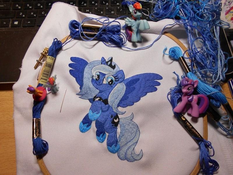 lightdragon1988 princess luna embroidery - 9602189568