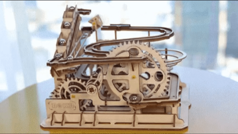 thirteen mechanical gifs from this week