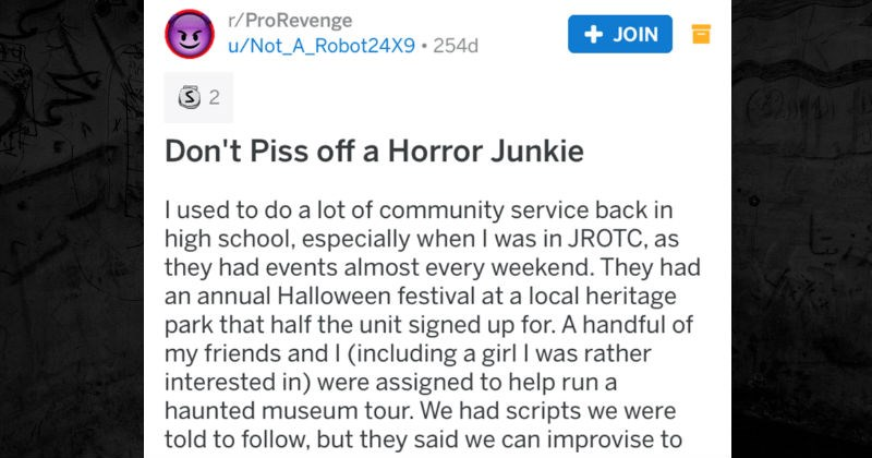 A haunted house employee gets back at a group of snobby kids.