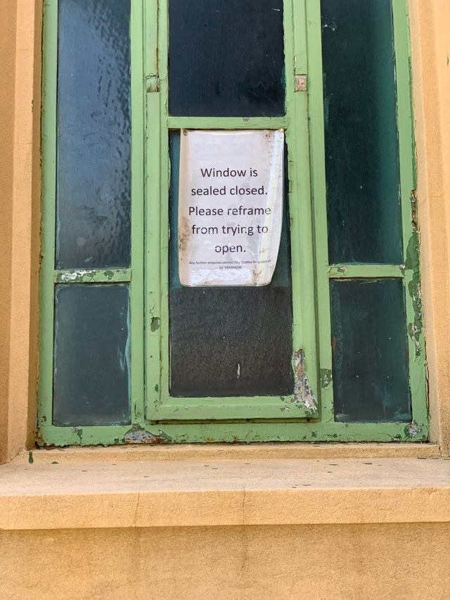 Fixture - Window is sealed closed. Please reframe from trying to open. A ther contt e