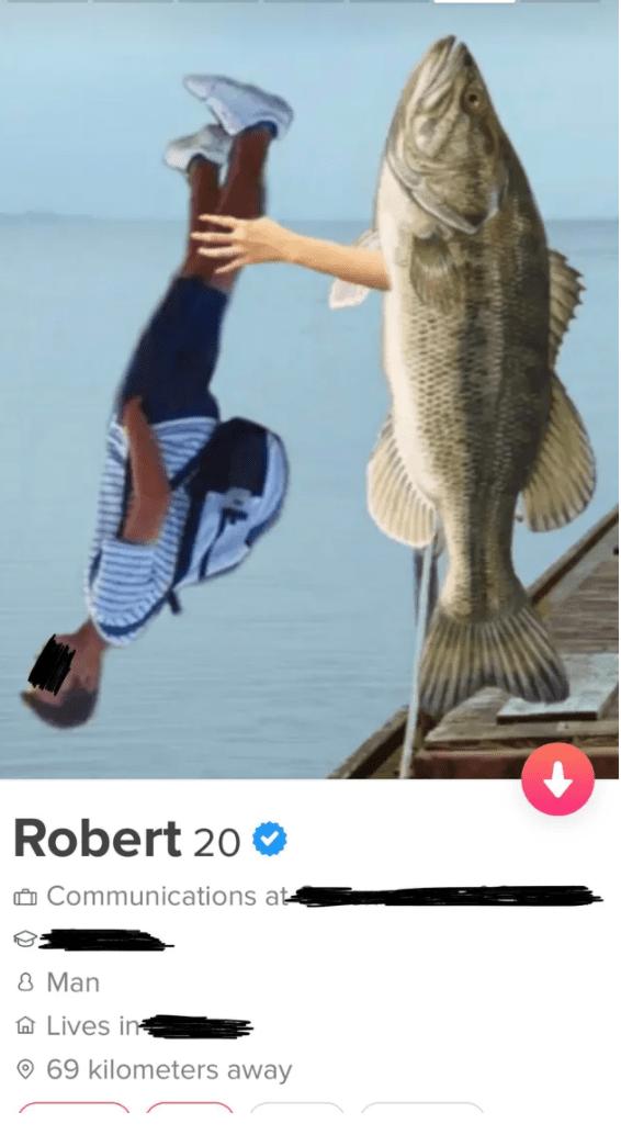 Fin - Robert 20 O Ô Communications at 8 Man A Lives in O 69 kilometers away