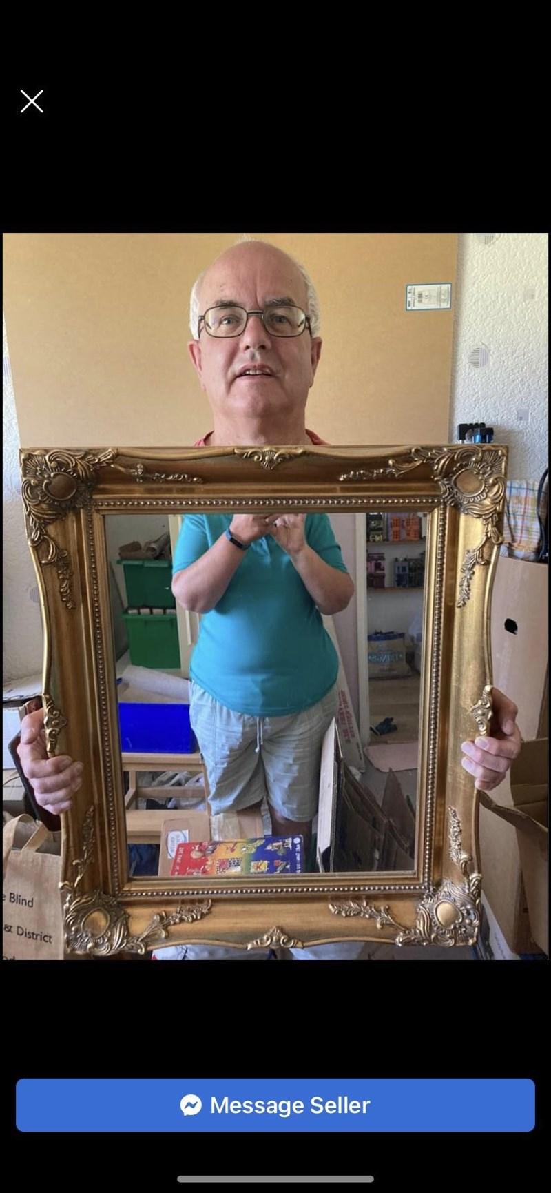Glasses - Blind District Message Seller