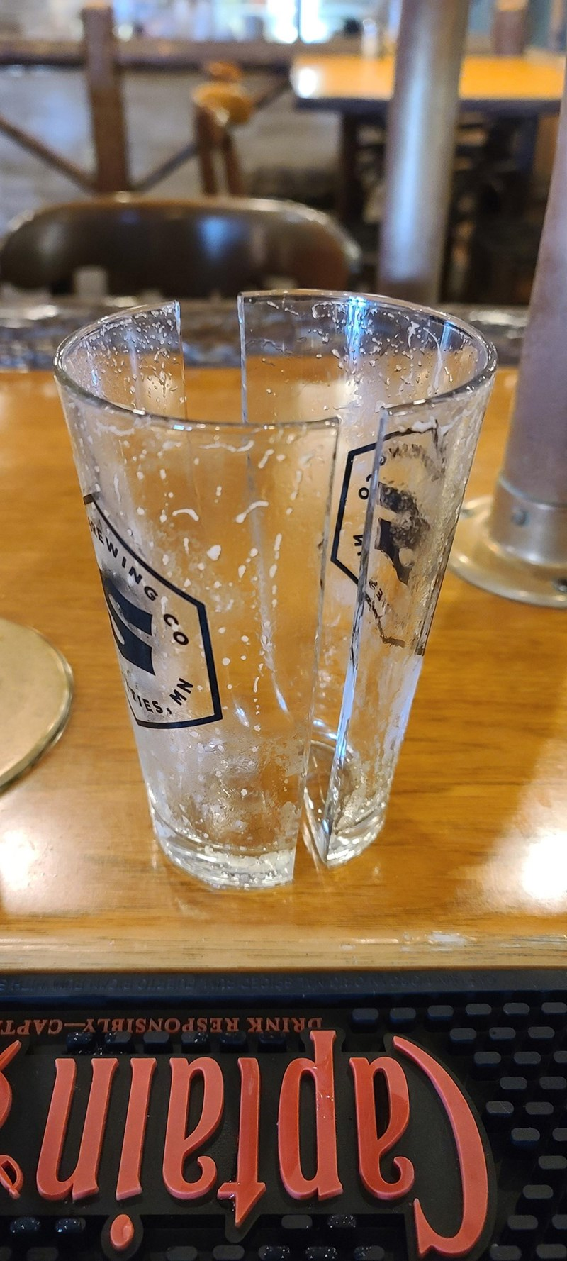 Drinkware - Captain DRINK RESPONSIBLY CAPT. ies NG CO MN