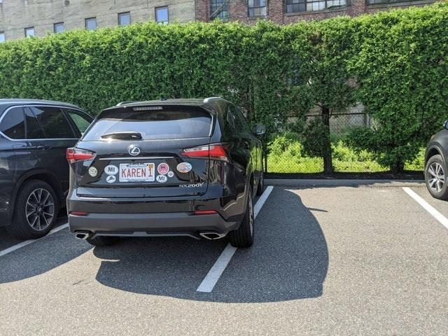 Automotive parking light - WEEEEEEN KAREN MI NXPoor