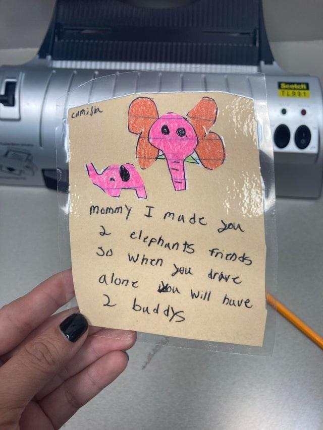 Hand - ommy I made you Seotch TL901 CAMISA Mommy I made Jou 2 elephants frichds When you drave a lone ou Will huve 2 buddys