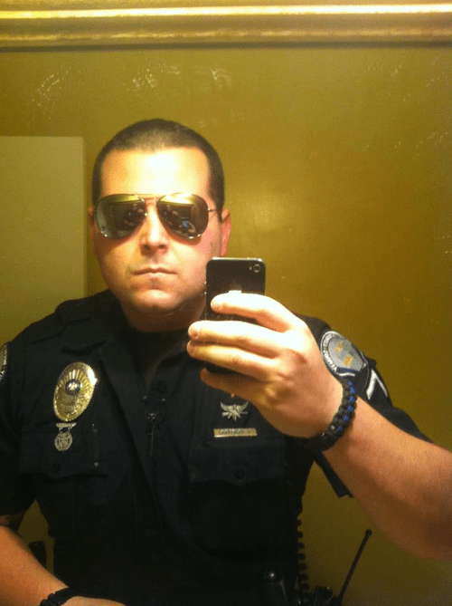 cops selfie cop selfies teenage girls monday thru friday g rated - 99845