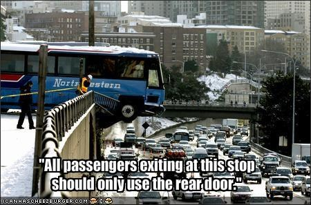 """All passengers exiting at this stop should only use the rear door."""
